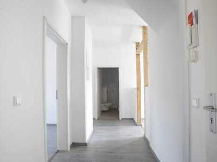 Erstbezug nach Sanierung – 4 Zimmerwohnung mit offener Wohnküche