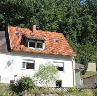+++Am Waldrand in ruhiger, sonniger Lage ! Ein-bis Zweifamilienhaus sofort verfügbar+++