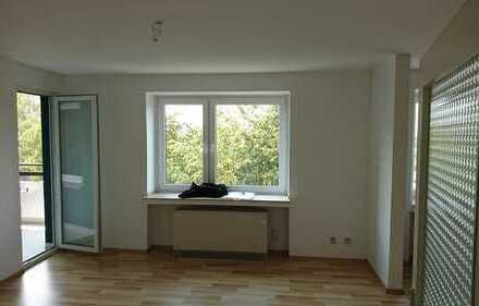 Gepflegtes Apartment mit Balkon, Aufzug und Tiefgarage in Wuppertal-Vohwinkel
