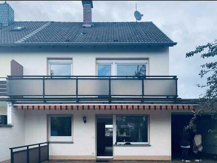 Schönes, geräumiges Haus mit vier Zimmern in Rhein-Sieg-Kreis, Niederkassel