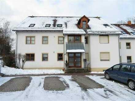 Moderne 2-Zimmer-Wohnung mit Balkon und Stellplatz!