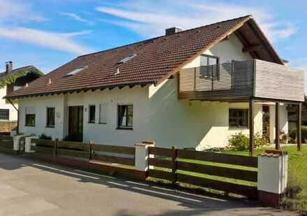 Repräsentatives Zweifamilienhaus in Bestlage von Ingolstadt-Etting!