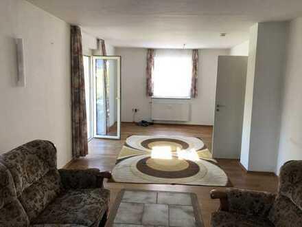 mit Garage 760 €, 78 m², 3 Zimmer