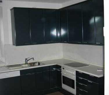 Gepflegte 4-Zimmer-Wohnung mit Einbauküche in Darmstadt