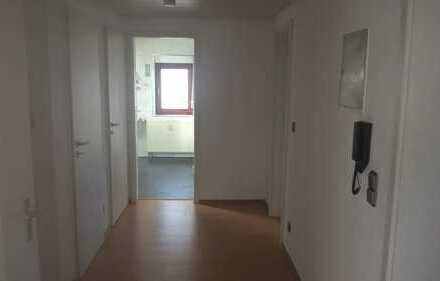 Stilvolle, gepflegte 3-Zimmer-Dachgeschosswohnung in Waiblingen