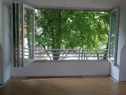 Preiswerte, modernisierte 4-Zimmer-Dachgeschosswohnung zur Miete in Dorsten
