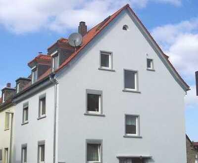 Lichtdurchflutete, sanierte 4-Zimmer-Maisonette-Wohnung zur Miete in Aschaffenburg