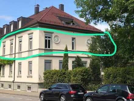 Belle Etage Wohnung in repräsentativer, kernsanierter Gründerzeit-Villa