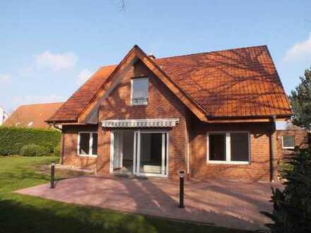 Mettingen - Großes Einfamilienhaus mit Doppelgarage!