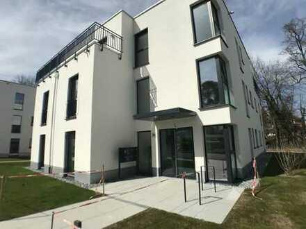 WE22/Hochwertige 2-Zimmer Neubau-Wohnung im Herzen Kraillings mit großzügiger Terrasse und Garten
