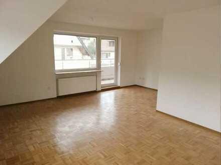 Erstbezug nach Sanierung mit Balkon: schöne 3-Zimmer-Wohnung in Wildberg