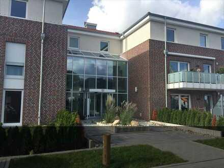 Neuwertige Wohnung mit zwei Zimmern sowie Balkon und EBK in Delmenhorst