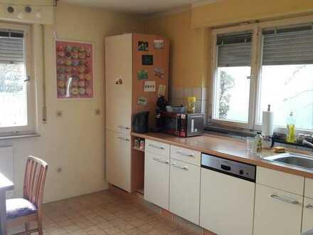 Schöne 3er WG im ehemaligen Bauernhaus - 89 m² ,* 1 Zimmer ab August frei *