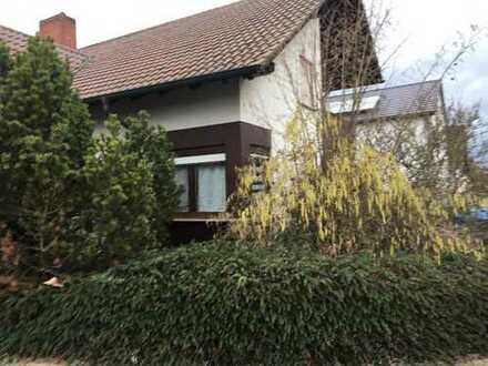 Rollstuhlgerechtes schönes, geräumiges Haus mit vier Zimmern in Rhein-Pfalz-Kreis, Dudenhofen