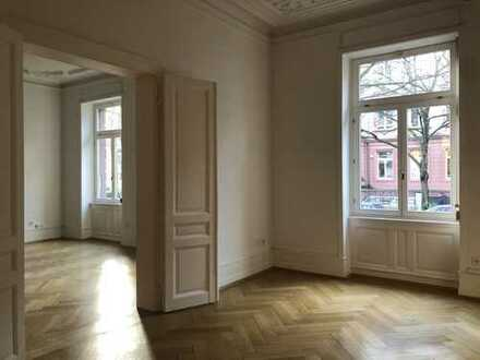 Westend: 2-Zimmer-Hochparterre-Büro oder -Praxis im Stilaltbau
