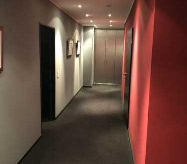 Außergewöhnliche und luxuriöse Büro-/Praxisräumlichkeiten