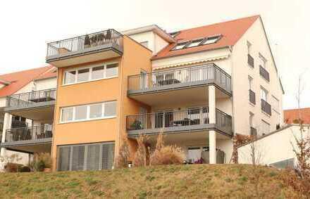Exklusive 4,5-5Zi. Gartengeschoss Whg.mit EBK,Terrasse+Garten sowie einem TG-Pl. in Bondorf