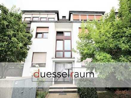 Erstbezug nach Sanierung: Moderne 3 Zimmer-DG-Wohnung mit EBK und Garage!