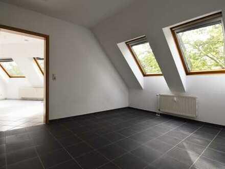 **Moderne 1,5-Zimmer Dachgeschoßwohnung mit offener Küche** für Individualisten