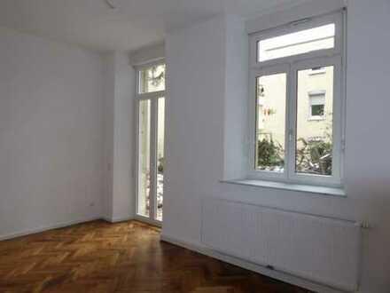 Rarität: 3-Zimmer Wohnung mit 130 qm Garten in Stuttgart-Mitte