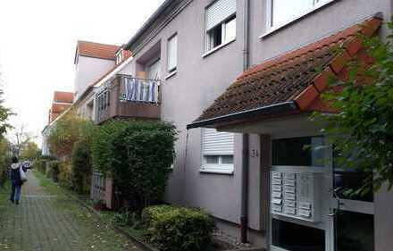 2-Zi-Wohnung (Niedrigenergie) mit Balkon und 2 Stellplätze