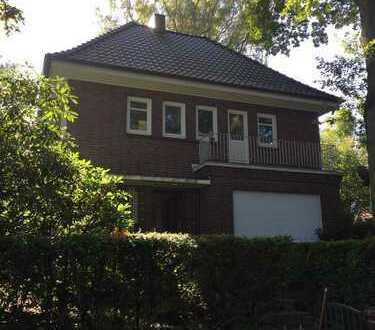 Schönes Haus mit fünf Zimmern in Hamburg, Blankenese