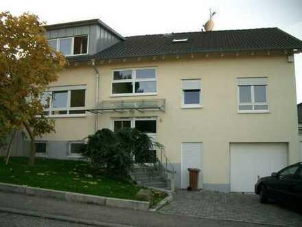 luxuriöses und ruhiges Wohnen im 2-Familien-Haus mit Garten und Garage