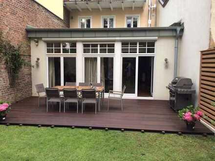 Wohntraum mit acht Zimmern in Bonn Plittersdorf