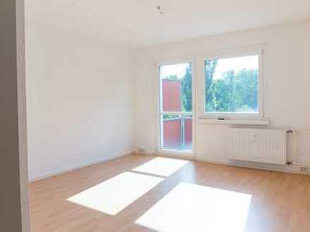 Schöne 3 Zimmerwohnung + Einbauküche auf Wunsch