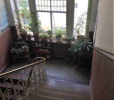 Zimmer in Altbauwohnung zu vermieten