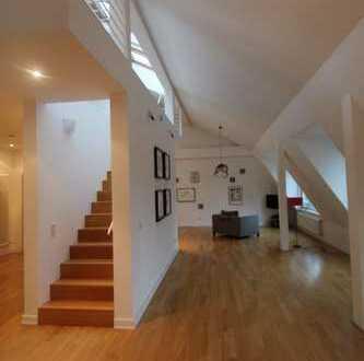 176 m² Maisonettewohnung im Dachgeschoss (Altbau)