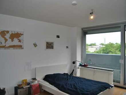 Tolle 2 Zimmer Wohnung mit Küche und Balkon!