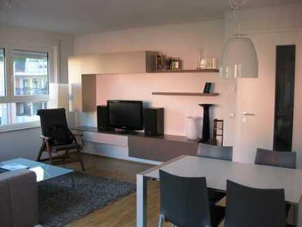 Helle sehr schöne möblierte 2-Zimmer Wohnung mit balkon - Beautiful furnished apartment