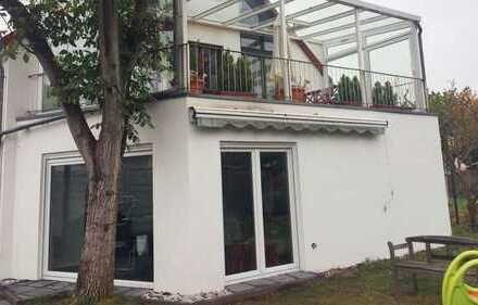 Schöne 4 Zimmerwohnung mit Garten in Köln-Heimersdorf