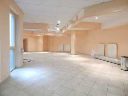 1AA Büro/Praxis/Verkauf/Dienstleistung/Feinwerkstatt/Präsentationsräumeräume in zentraler Lage