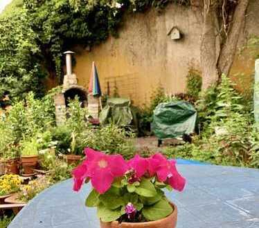Zweifamilienhaus mit Garten in Stadtmitte von Friedrichsdorf