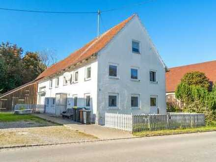 Rückanmietung für Verkäufer! Charmantes Bauernhaus auf freistehendem Grundstück bei Memmingen!