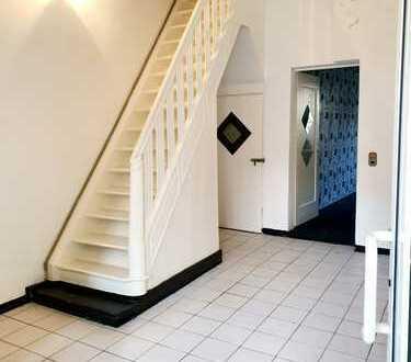 Geräumiges Haus mit Ladenlokal im Zentrum von Rheinberg! Von PRIVAT