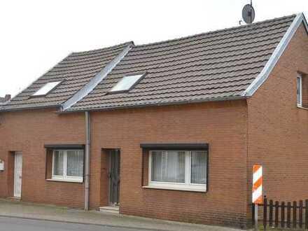 Einfamilienhaus mit Einliegerwohnung in Köln-Worringen