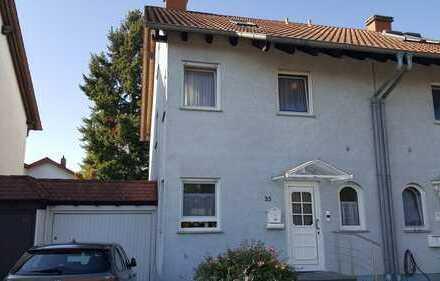 Hochwertige 6 Zimmer DHH ( 163m²) in 67354 Römerberg-Heiligenstein zu vermieten!!