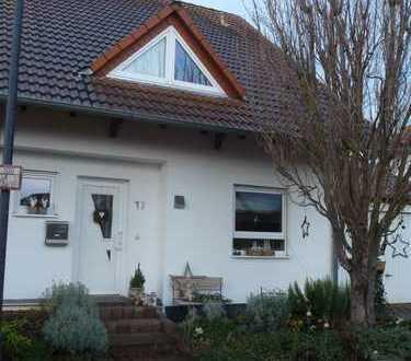 Doppelhaushälfte mit Traumaussicht in Wöllstein