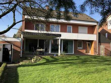 1.600 €, 190 m², 6 Zimmer