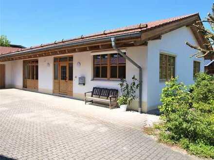 Wohnen und Arbeiten (Kleingewerbe)! Sehr gepflegte Büro-/Praxisräume - Nähe Landshut