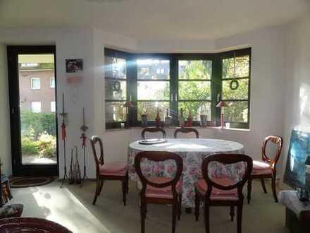 Große 2 Zimmer Wohnung mit Terrasse im Grünen