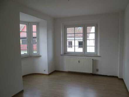 ** Sonnige 3-Raum-Wohnung im Herzen der Stadt! **