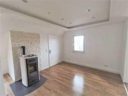 Exklusiv ausgestattete 3 Zimmer Maisonette Wohnung mit großer Dachterrasse!