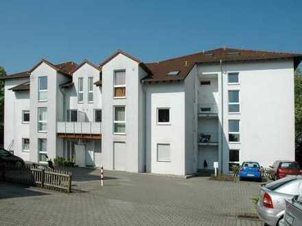 Achtung!!Großzügige 2,5 Raum Wohnung mit Balkon
