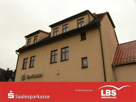 In Wettin: Geräumige 1-Raum-Wohnung mit Dachterrasse!