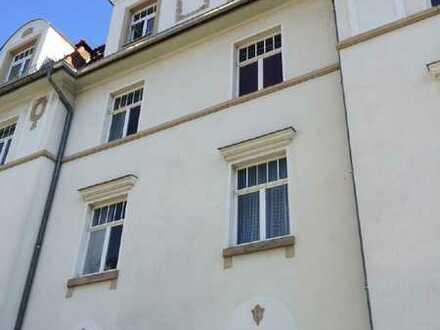 2-Raum-Wohnung in schönem Altbau!