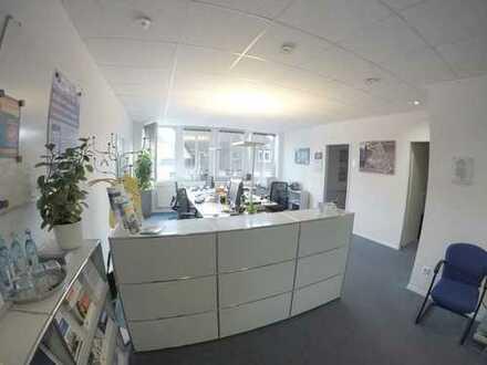 """""""Provisionsfrei"""" Moderne und großzügige Büro-/Praxisfläche im Stadtzentrum von Bergheim"""